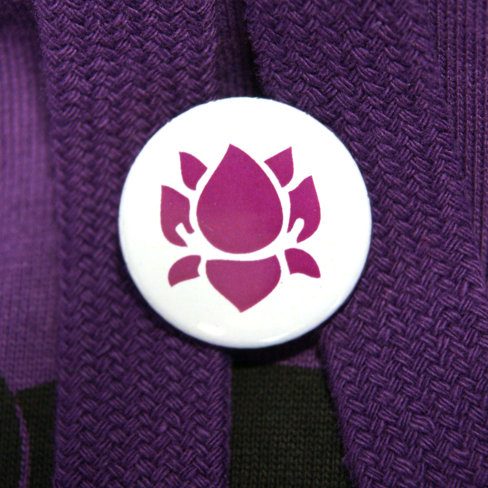 Button Lotus